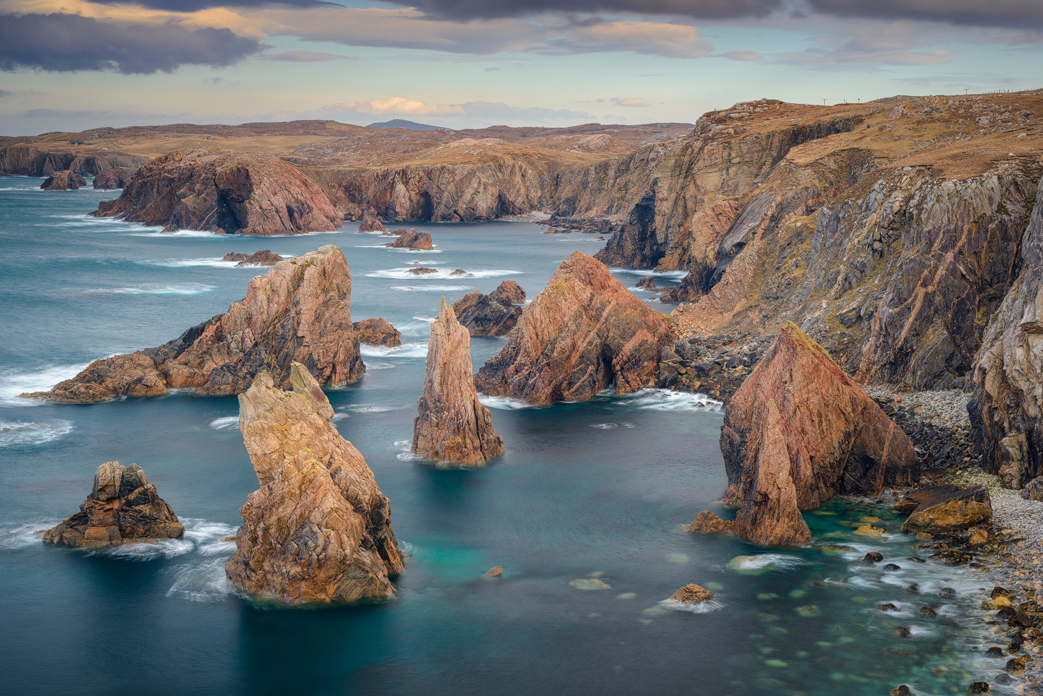Mangersta sea stacks, Isle of Lewis (Outer Hebrides, Scotland)